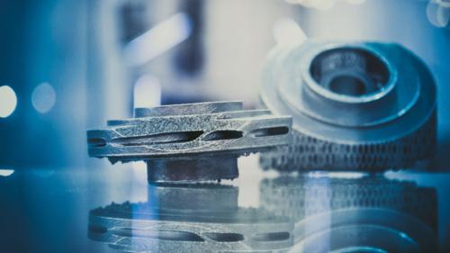 Mit der additiven Fertigung von Ersatzteilen im SLM und SLS Verfahren reduzieren Sie Ihrer Lager-, Logistik und Stillstandkosten